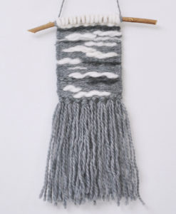 Weaved With Love-joli gris 1